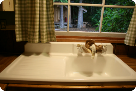 How to Care for a Refinished Cast Iron Sink